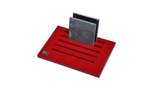 Red 5 Slot Desktop Stand